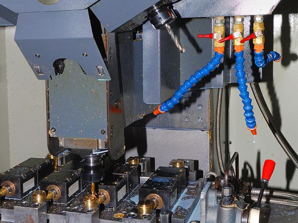 日皓焊切生产机械