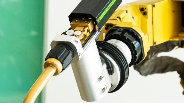新品机器人推拉丝焊枪