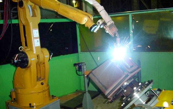 日皓机器人焊枪创新接口设计,配置高精度防撞装置